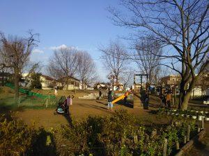 いつ行っても、おおぜいの子どもたちや大人でにぎわっているとんぼ池公園。丁寧な市民参加で計画が検討され、現在も市民が管理を委託されている、